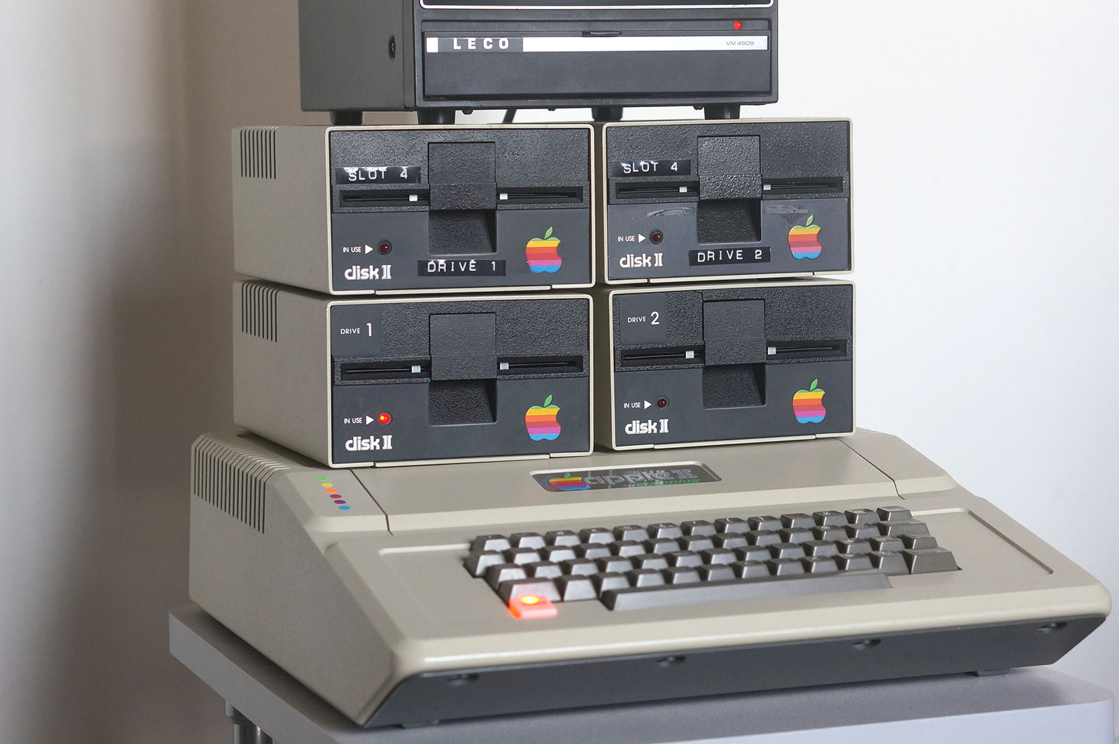 Apple II Euro Plus Floppy Workstation