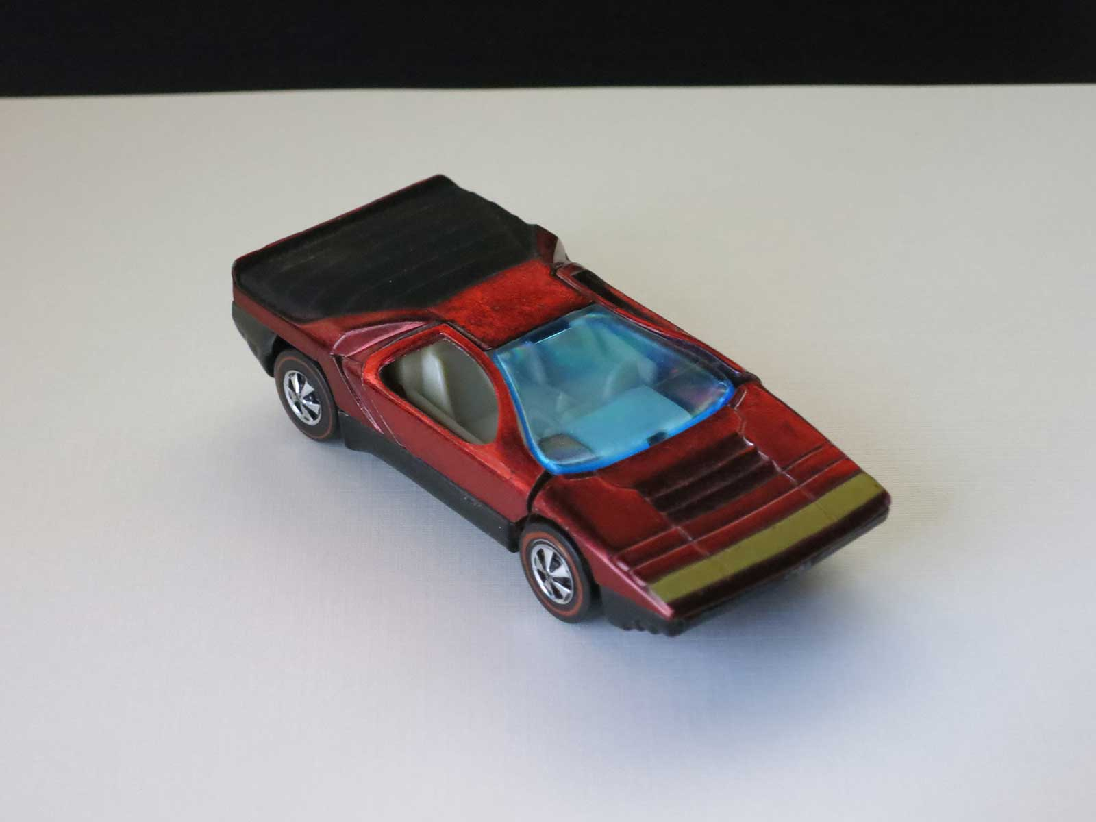 Hot Wheels Redline Red Carabo HK White Interior