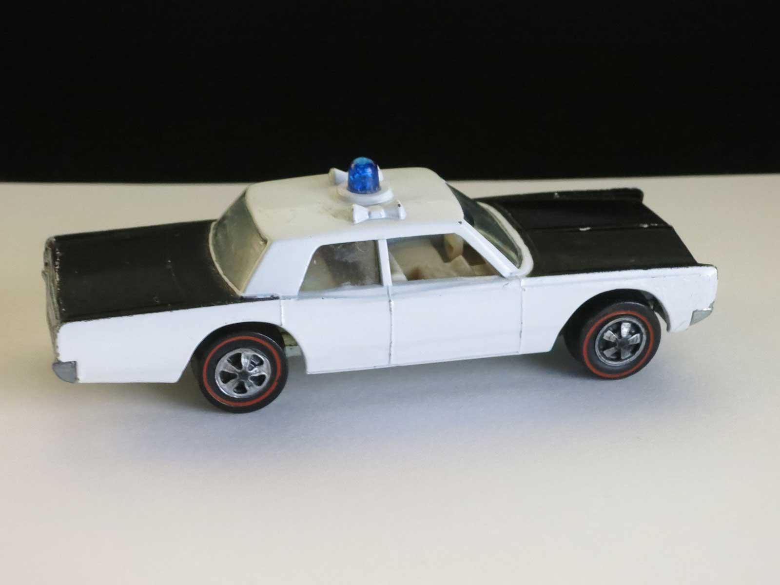 Hot Wheels Redline Prototype Police Cruiser Blue Siren